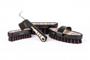 Lettia Plaid Brush Set